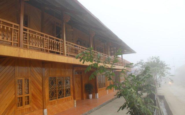 Отель Mountain View Hotel - Hostel Вьетнам, Шапа - отзывы, цены и фото номеров - забронировать отель Mountain View Hotel - Hostel онлайн вид на фасад