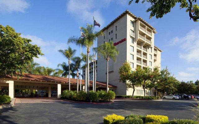 Sheraton San Jose Hotel вид на фасад