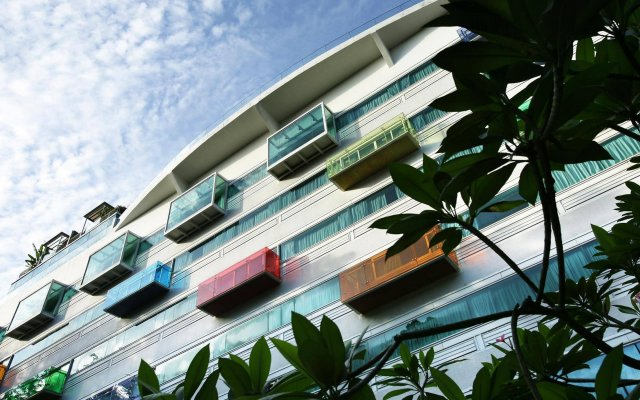 Отель Village Changi Сингапур вид на фасад