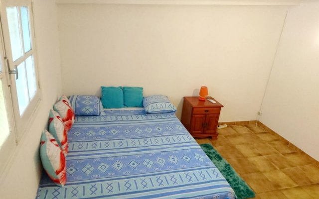 House With one Bedroom in Cayenne, With Enclosed Garden and Wifi - 4 km From the Beach in Cayenne, French Guiana from 283$, photos, reviews - zenhotels.com guestroom