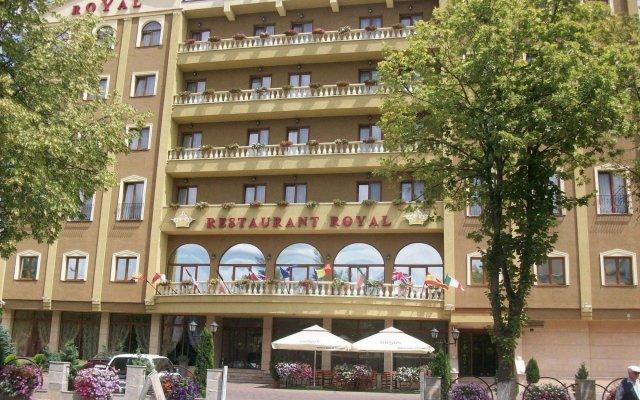 Royal Classic Hotel вид на фасад