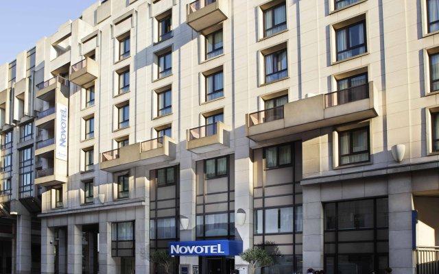 Отель Novotel Paris Vaugirard Montparnasse вид на фасад