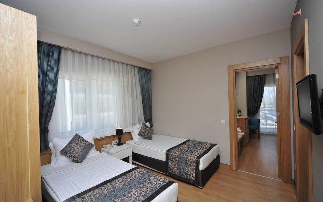Отель Lake & River Side - All Inclusive комната для гостей