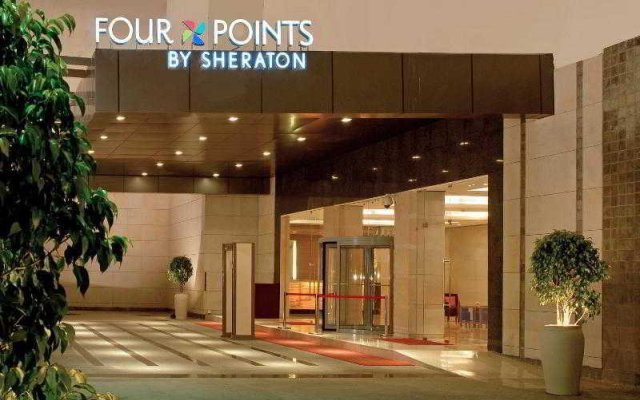 Отель Four Points By Sheraton Jaipur вид на фасад