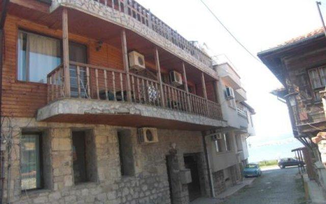 Отель Guest House Antoaneta Несебр вид на фасад