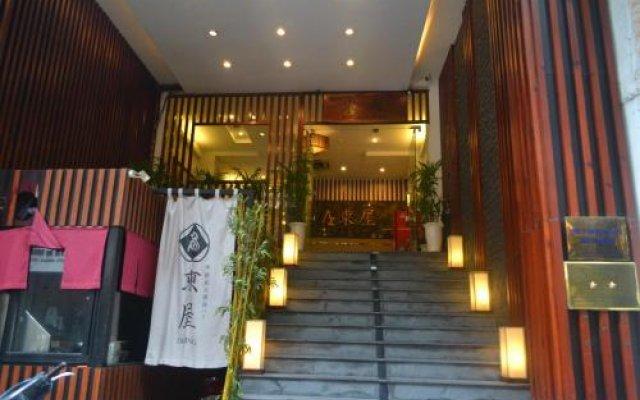 Azumaya Hai Ba Trung 1 Hotel вид на фасад