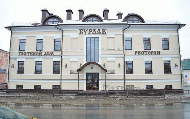 Гостиница Бурлак в Рыбинске отзывы, цены и фото номеров - забронировать гостиницу Бурлак онлайн Рыбинск вид на фасад
