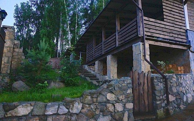 Шале с камином Lake & Forest