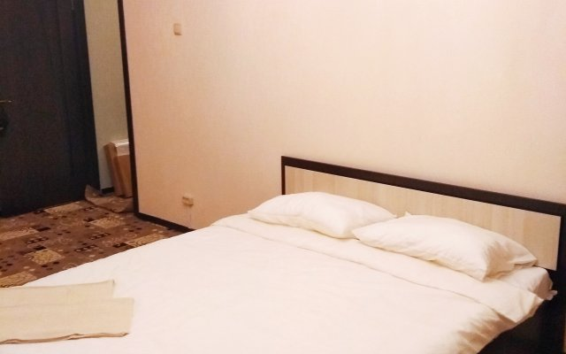 Апартаменты на Ясеневой комната для гостей