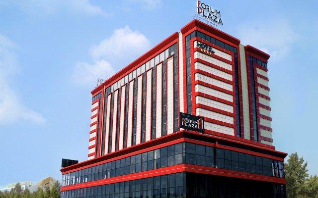 Отель Forum Plaza