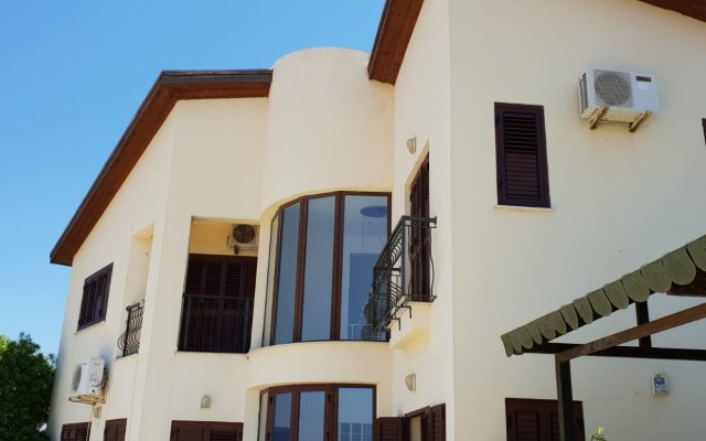 Ozbek Omur Dedekorkut Mini-Hotel in Paphos, Cyprus from 128$, photos, reviews - zenhotels.com hotel front