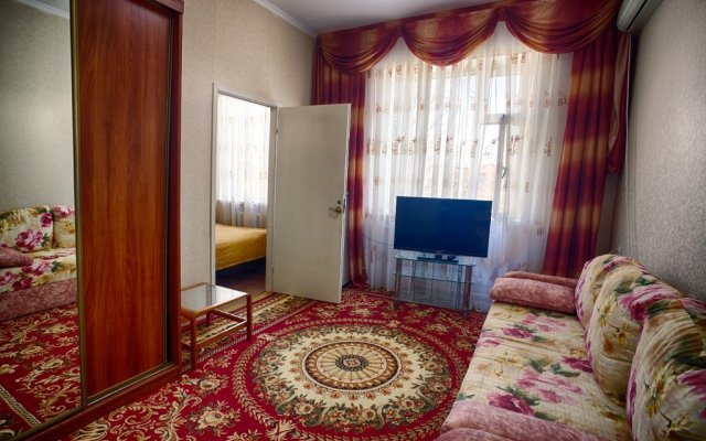 Ruzanna Hotel 1