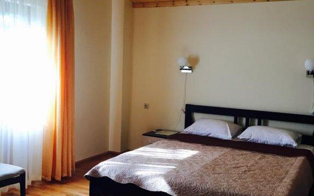 Kiaraz Start Hotel 2