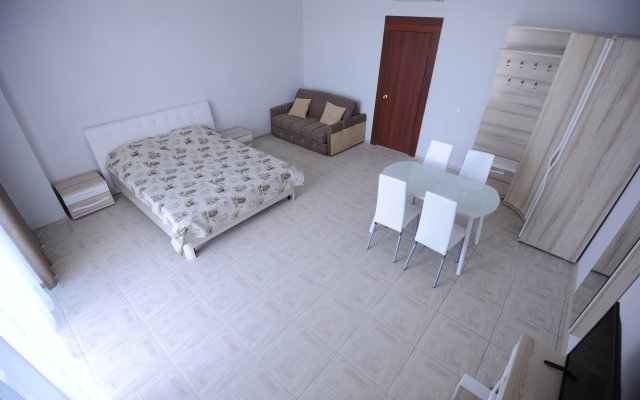 Alyie Parusa Apartments 1