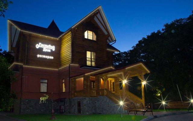 Мини-Отель TopHotel вид на фасад