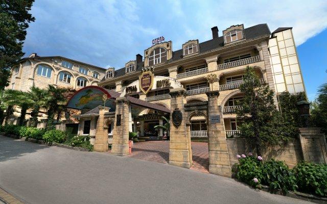 Гостиница «Чеботаревъ» в Сочи - забронировать гостиницу «Чеботаревъ», цены и фото номеров вид на фасад