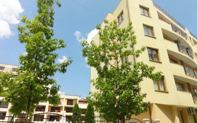 Апартаменты Sandapart Sunny Victory Apartments Солнечный берег вид на фасад