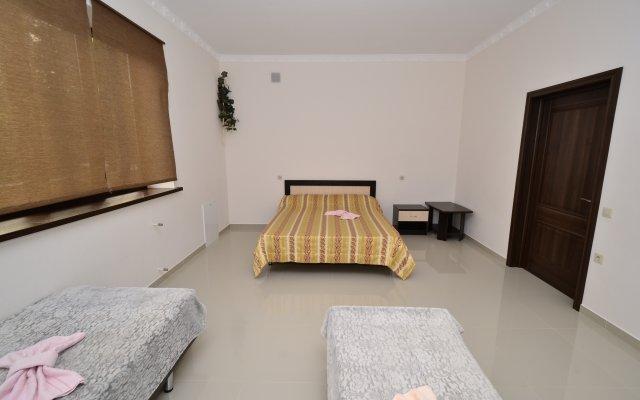 Morskoj Guesthouse 2