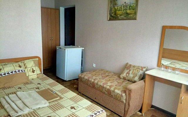 Yuzhnaya Noch Guest House 1