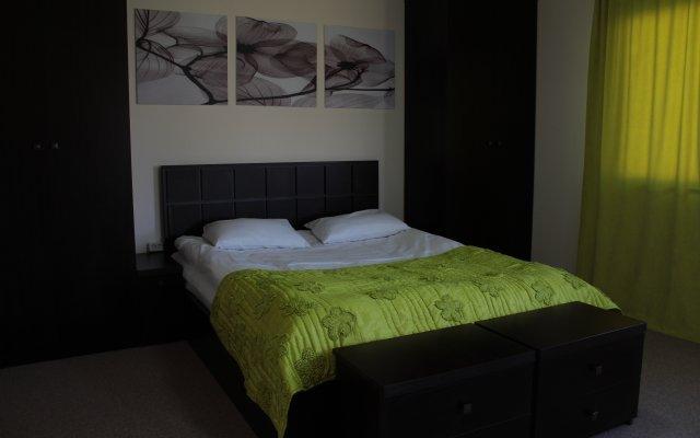 Отель Cross Resort 1