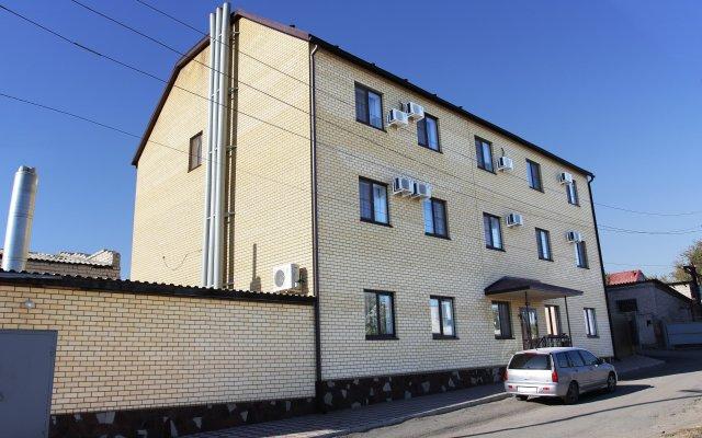 Гостиница Бриз вид на фасад