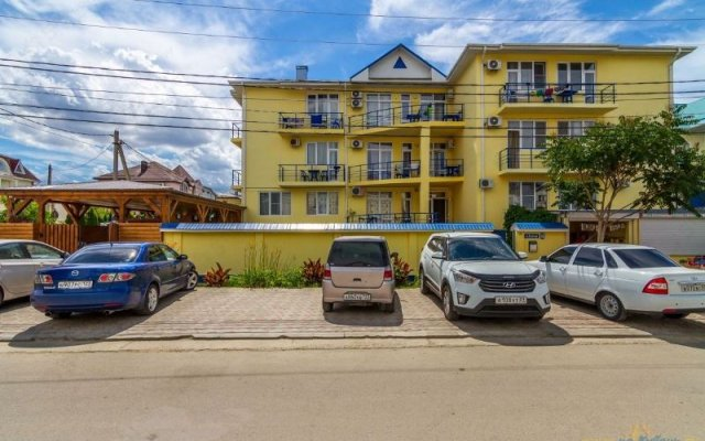 Delfin Mini-Hotel 1
