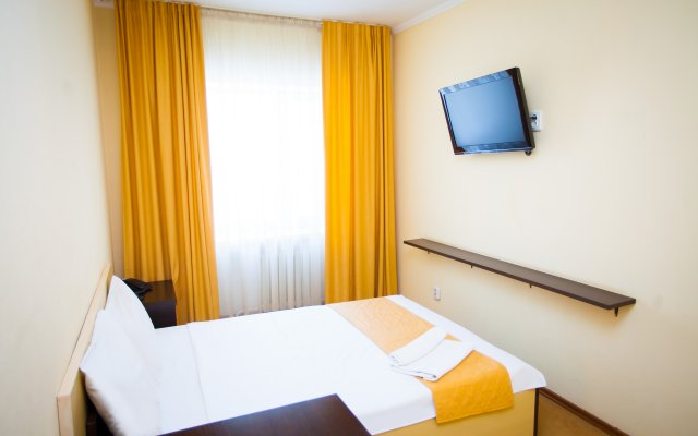 Гостиница Азамат Казахстан, Нур-Султан - 2 отзыва об отеле, цены и фото номеров - забронировать гостиницу Азамат онлайн вид на фасад