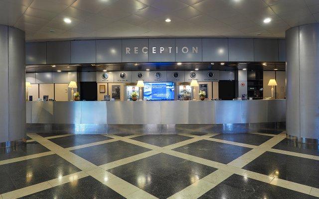 Radisson Slavyanskaya Hotel & Business Center in Moscow, Russia from 47$, photos, reviews - zenhotels.com