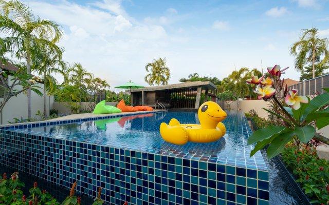 Garden Pool Villa near Rawai Beach 1 Apartments