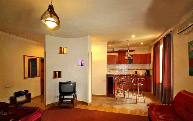 Апартаменты Raisa's комната для гостей