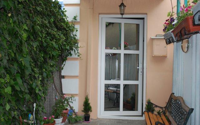Mini Hotel Na Krasnodarskoj 0