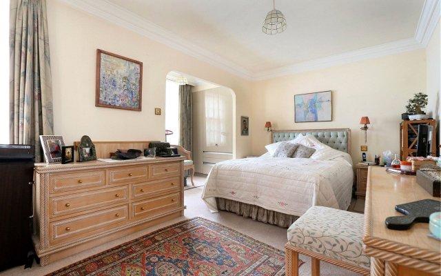 Апартаменты у Метро Пятницкое Шоссе комната для гостей