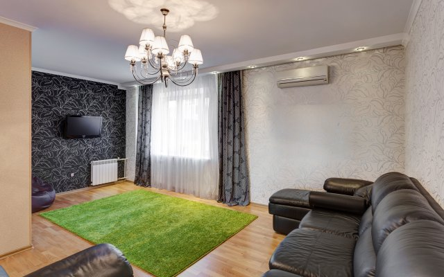 Апартаменты на Тихомирнова