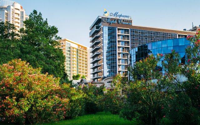 Marins Park Hotel Sochi вид на фасад