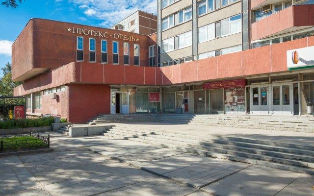 Гостиница Протекс Екатеринбург вид на фасад