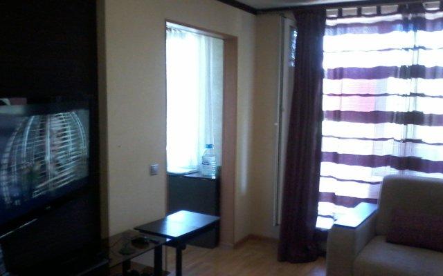 Апартаменты Квартира на Академической комната для гостей