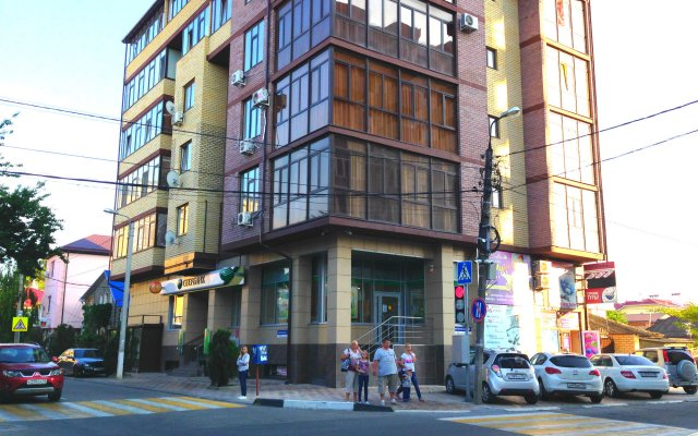 Na Shevchenko Apartments 1