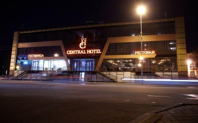 Гостиница Централь в Кургане 2 отзыва об отеле, цены и фото номеров - забронировать гостиницу Централь онлайн Курган вид на фасад