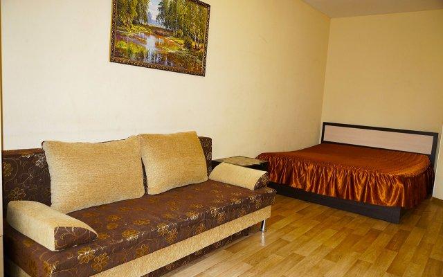 Гостиница на Щорса 105 (2 эт) в Екатеринбурге отзывы, цены и фото номеров - забронировать гостиницу на Щорса 105 (2 эт) онлайн Екатеринбург комната для гостей