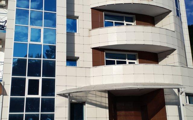 Гостиница Парадиз в Ольгинке отзывы, цены и фото номеров - забронировать гостиницу Парадиз онлайн Ольгинка вид на фасад