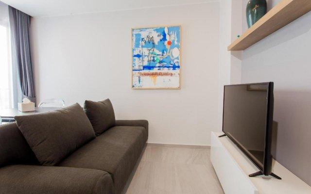 Апартаменты The Vibe Deluxe 2