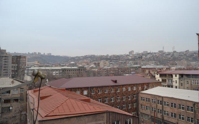 Aghayan Apartments 0