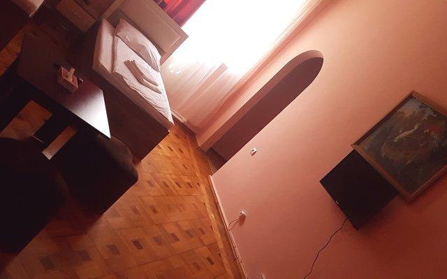 Отель Bloor 2