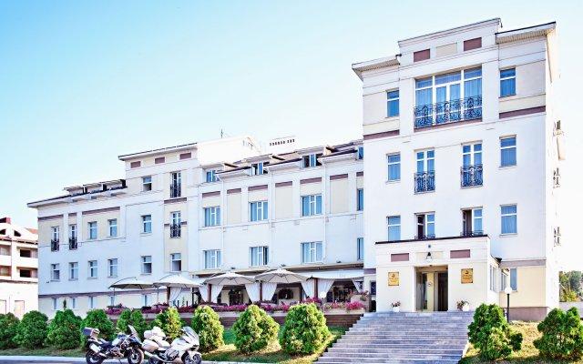 Гостиница Золотое Кольцо Кострома в Костроме - забронировать гостиницу Золотое Кольцо Кострома, цены и фото номеров вид на фасад