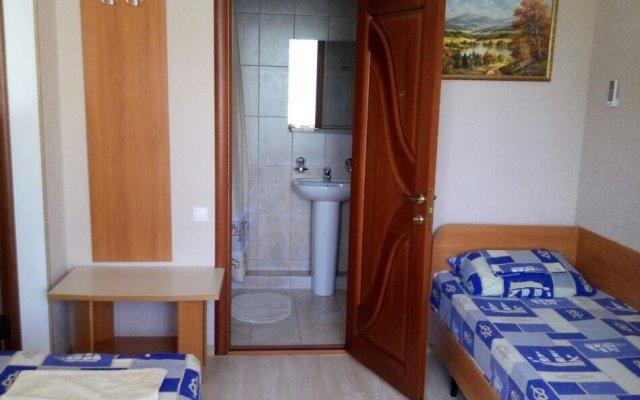 Yuzhnaya Noch Guest House 2