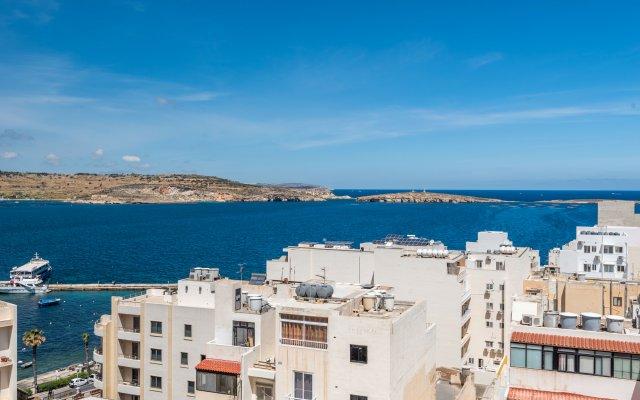 Отель SeaShells Sea View Studio-Penthouse Мальта, Буджибба - отзывы, цены и фото номеров - забронировать отель SeaShells Sea View Studio-Penthouse онлайн балкон