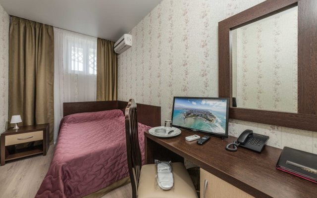 Grand Kruiz Hotel 2