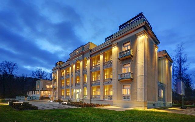 Отель Aleksander Medical & SPA