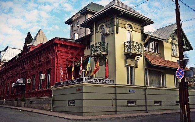 Prestige Palace Hotel Тбилиси вид на фасад