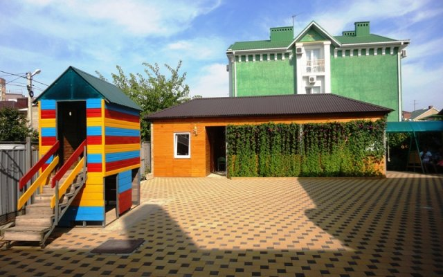 Tolstogo 31 Guest house 1